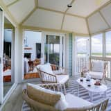 House, Multiple Beds (Derby - Gorgeous Home w Beach Access ) - Balcony
