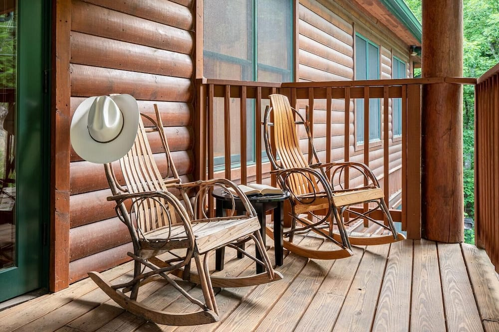 House, Multiple Beds (Smoky View Road - Hickory Ridge) - Balcony