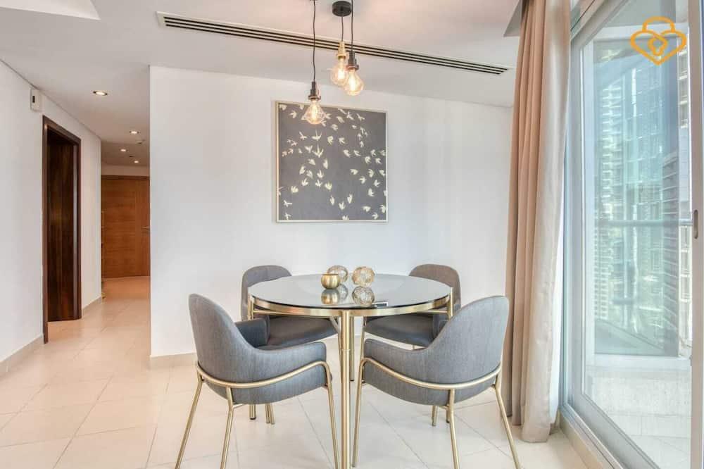 Apartment, 1 Bedroom (Unit 1405) - Living Area