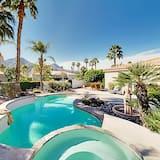 Indian Wells Getaway Heated Pool, Spa & Casita 5 Bedroom Home, Indian Wells
