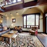 Māja, sešas guļamistabas - Dzīvojamā istaba