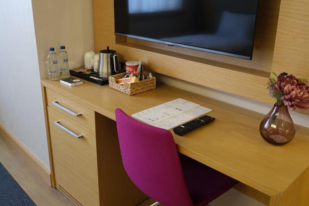 Habitación superior con 1 cama doble o 2 individuales - Sala de estar