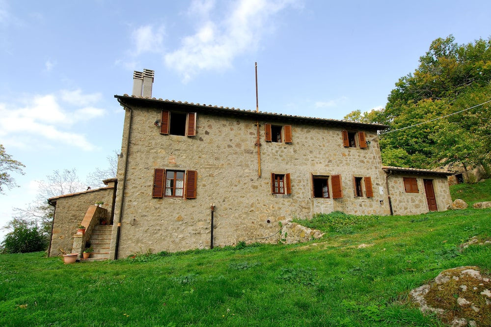 A Stay Surrounded by Greenery - Agriturismo La Piaggia - app 2 Bathrooms