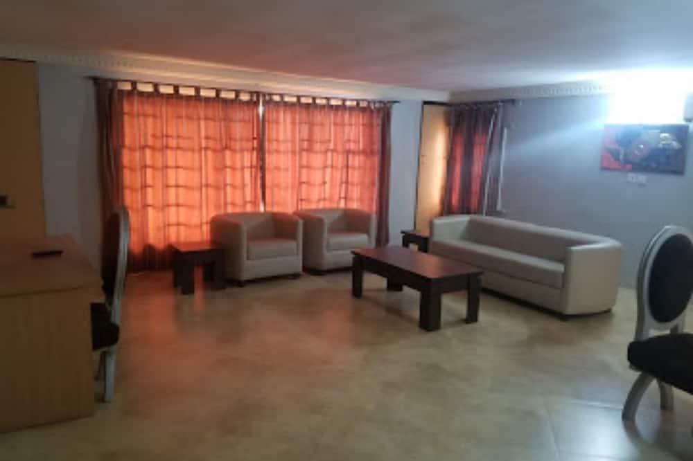 Paramount Luxury Serviced 2bd Apartment, Lagos