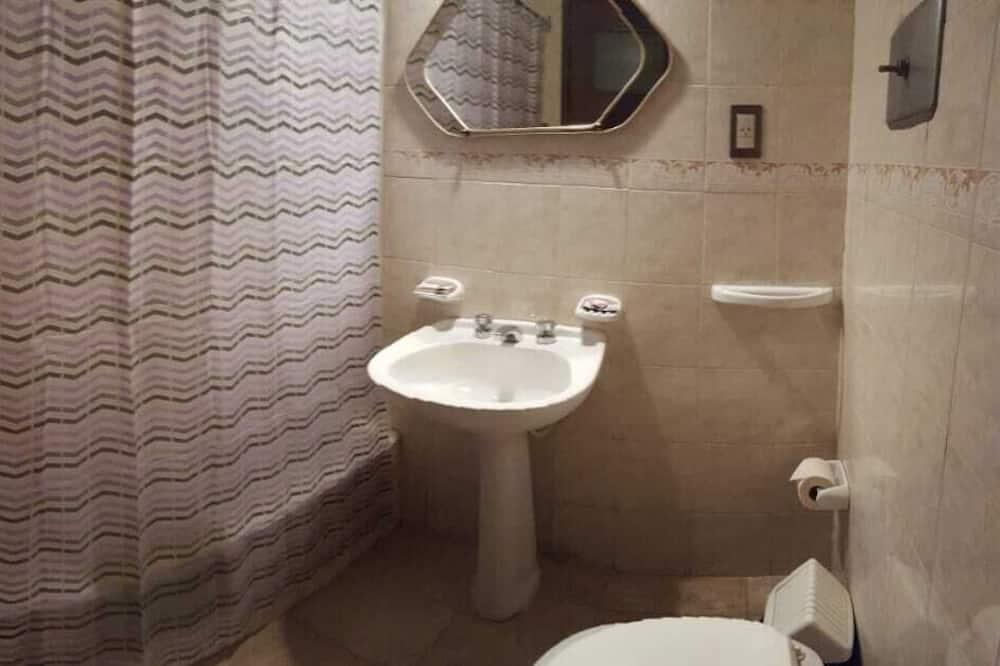 Quarto Twin Standard - Casa de banho
