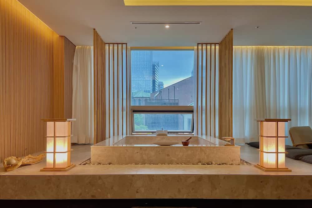 Family Suite Spa - Private spa tub