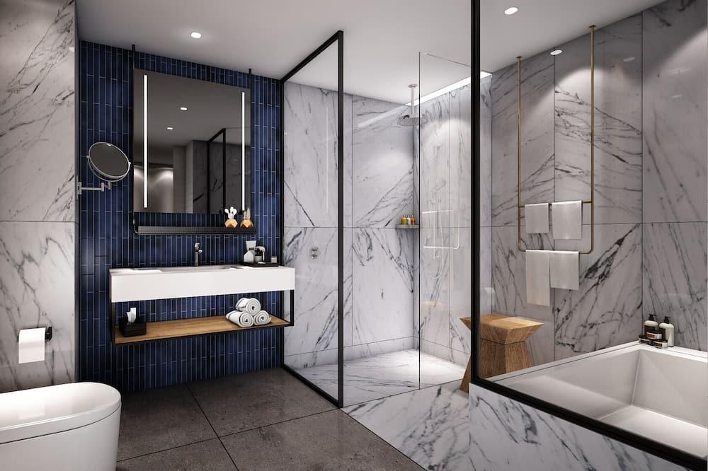 Executive Suite, 1 Bedroom - Bathroom
