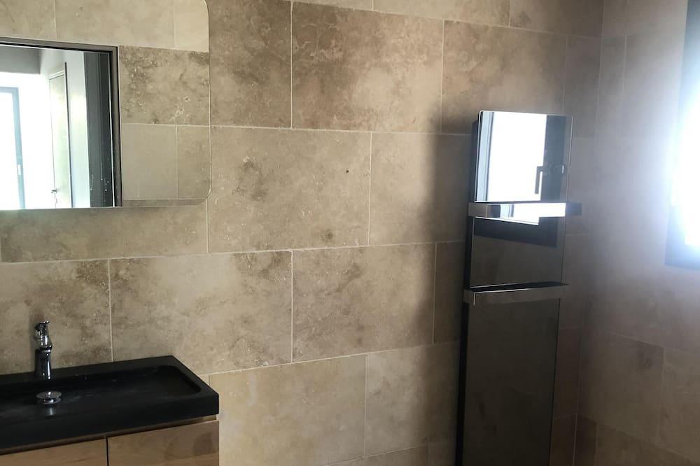 Apart Daire, Banyolu/Duşlu, Bahçe Manzaralı - Banyo