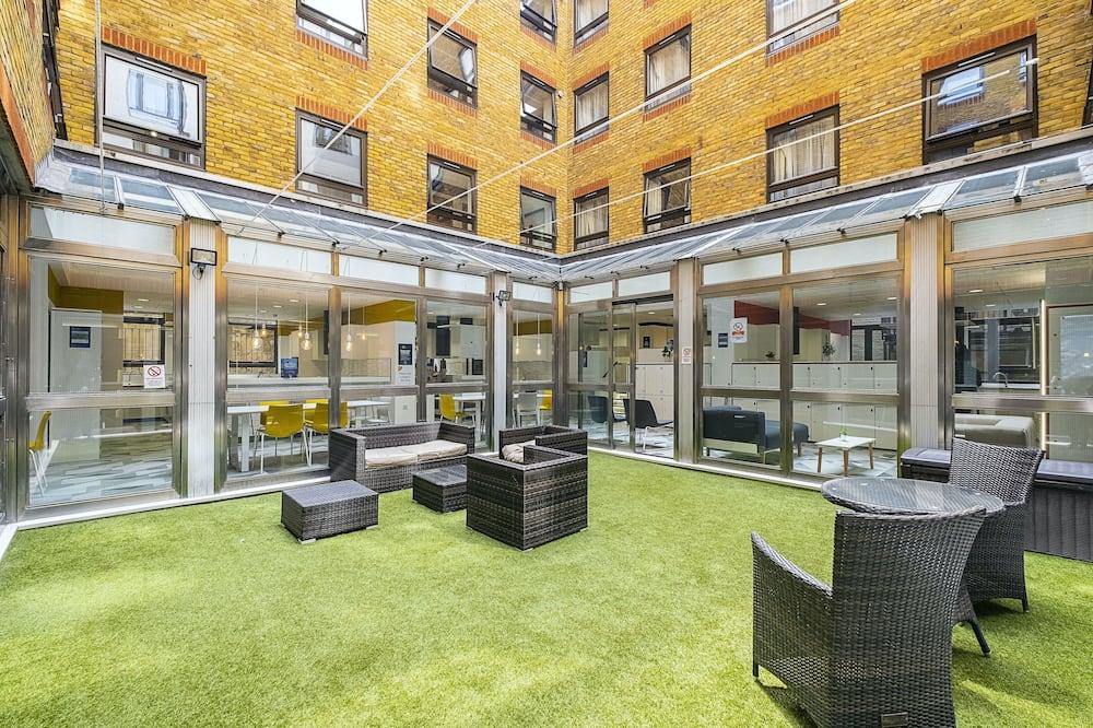 Modern Rooms - LONDON