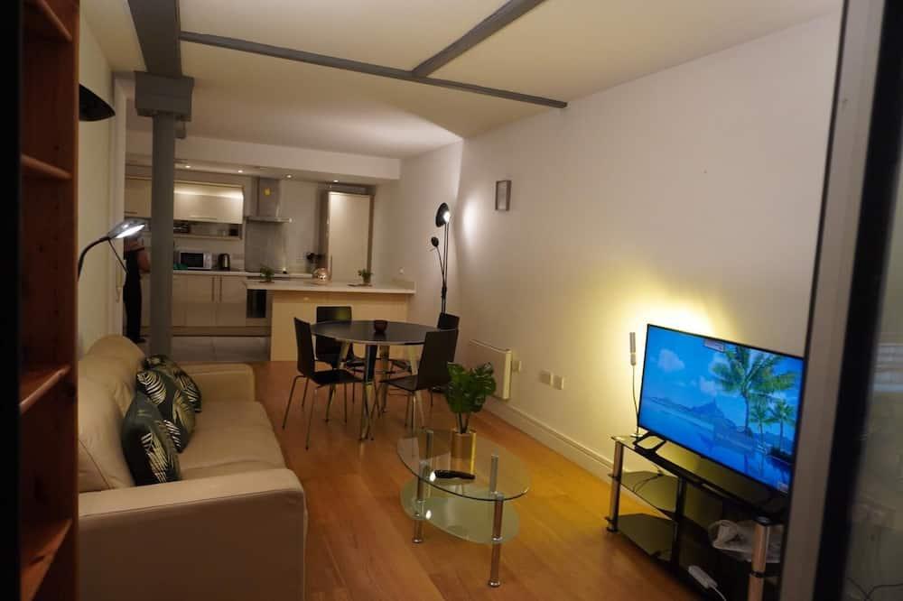 Deluxe-Apartment, eigenes Bad, Stadtblick - Restaurant