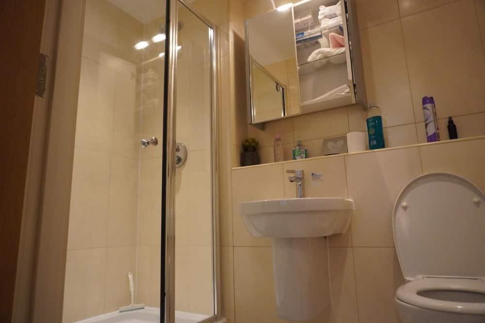 Deluxe-Apartment, eigenes Bad, Stadtblick - Badezimmer