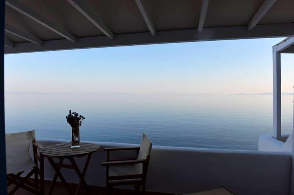 Studio in Kardiani, With Wonderful sea View, Furnished Terrace and Wifi - 60 m From the Beach, Tinos