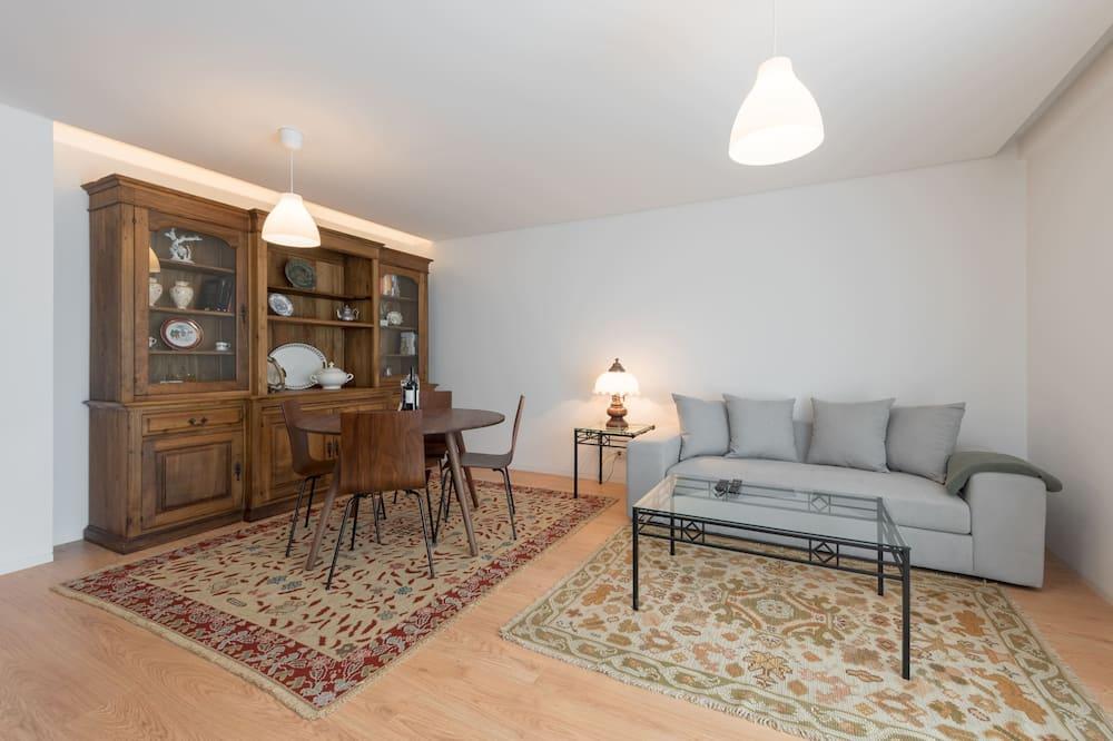 Апартаменты базового типа, 2 двуспальные кровати - Гостиная