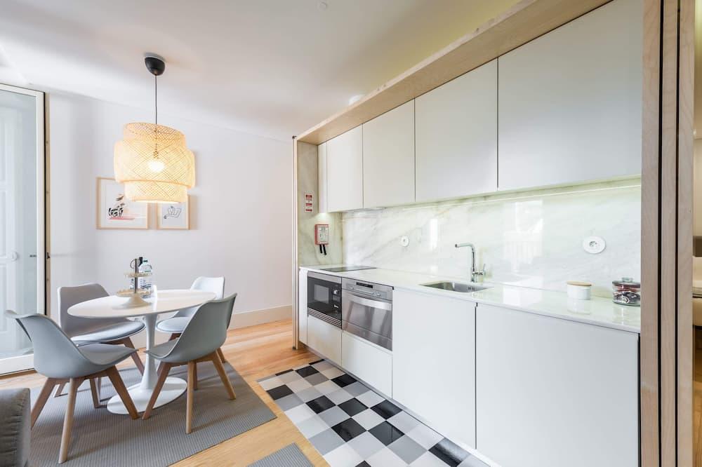Basic Apartment, 1 Katil Kelamin (Double) dengan Katil Sofa - Bilik