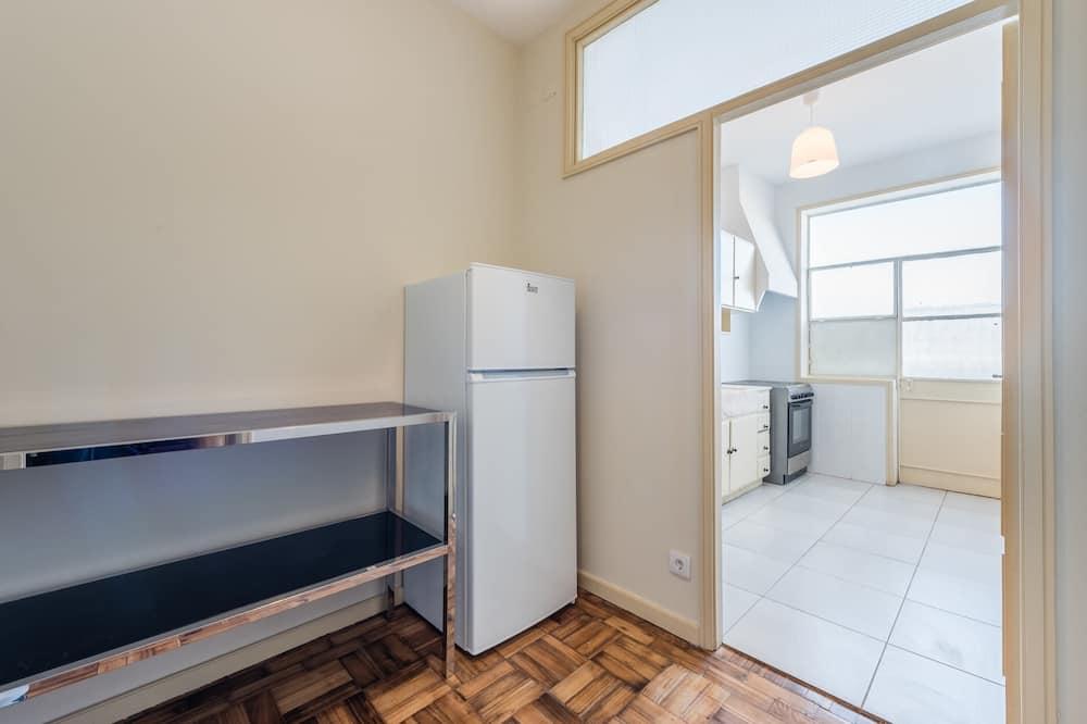 Apartamento básico, varias camas - Habitación