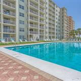 Sunswept 506 by Meyer Vacation Rentals, Orange Beach