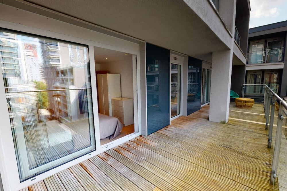 Luxury Apartment, 2 Bedrooms, Balcony, Garden View - Balcony