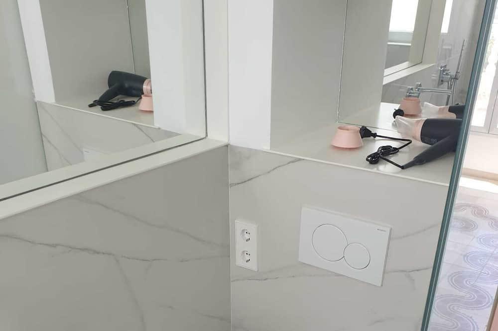 Apartment, mit Bad, Parkblick - Badezimmer