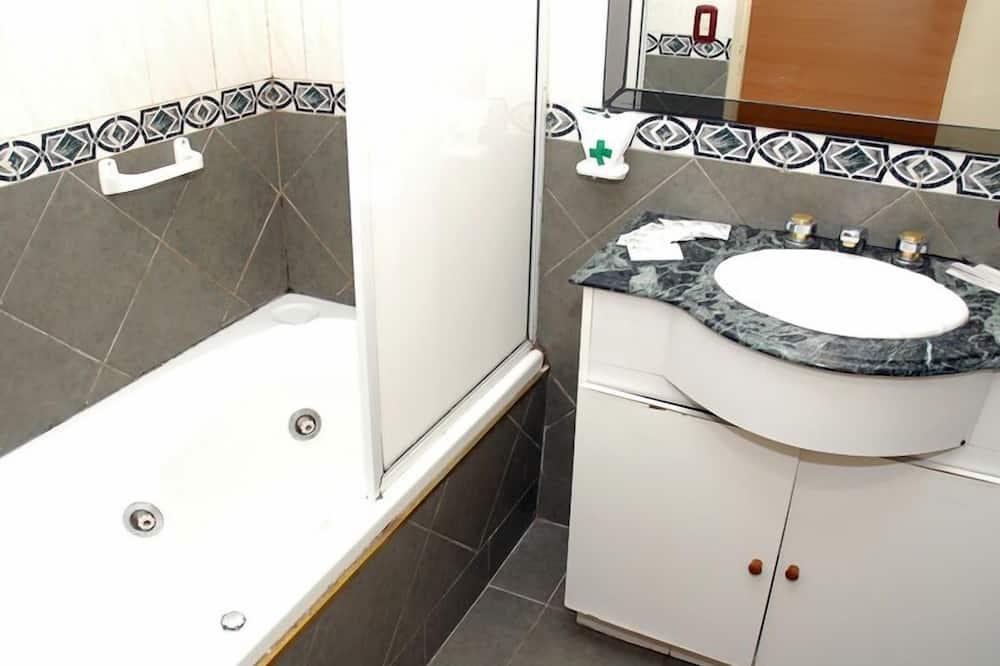 Superior szoba kétszemélyes vagy két külön ággyal - Fürdőszoba