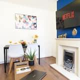 Basic House - Living Area
