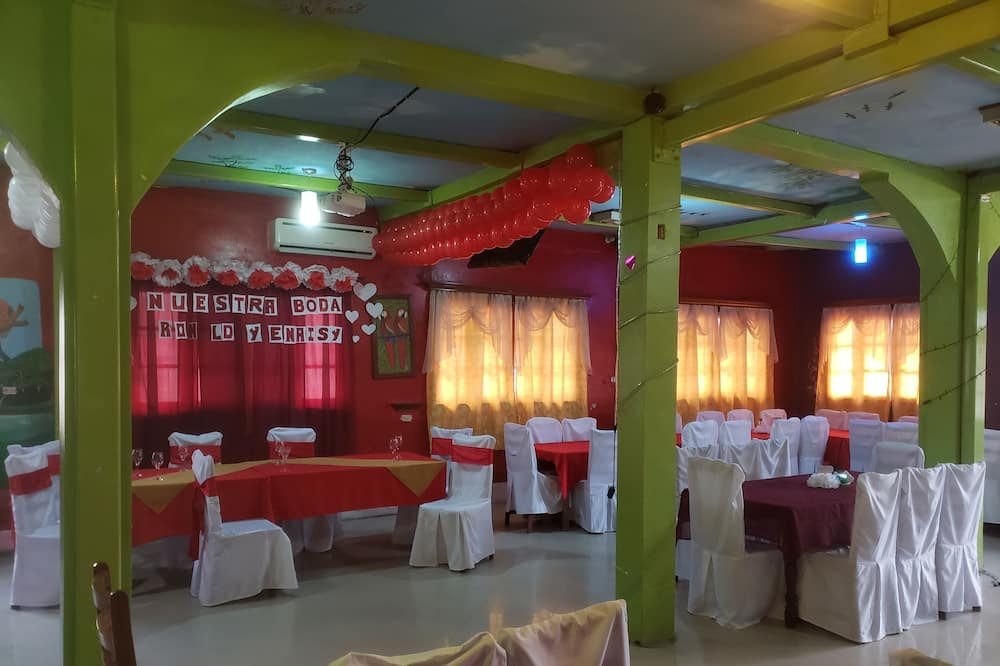 Hotel Diwas
