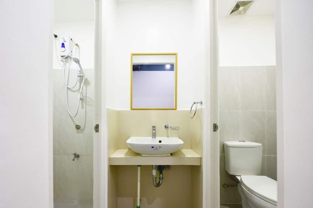 Gemeinsamer Schlafsaal - Badezimmer