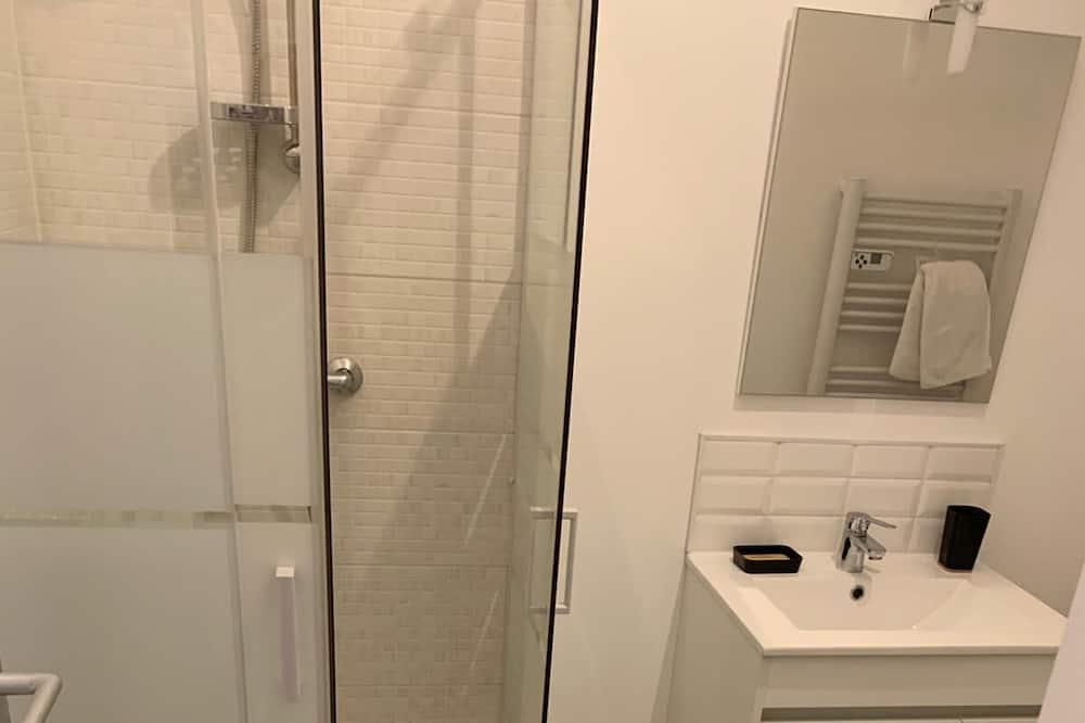 Komforta dzīvokļnumurs, vannasistaba numurā - Vannasistaba