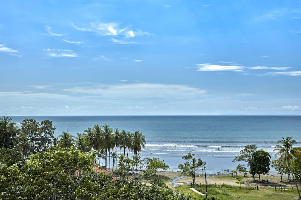 Condo, 3 Bedrooms - Pantai