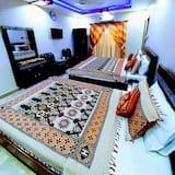 Standard Triple Room, 3 Bedrooms - Guest Room
