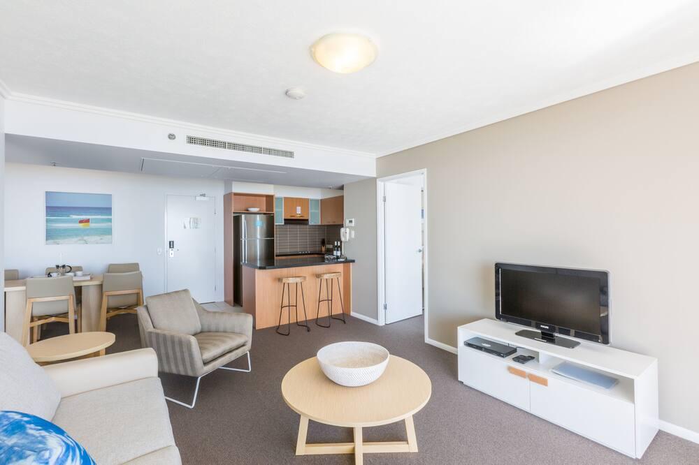Standard Apartment, 2 Bedrooms (Low Floor) - Living Area