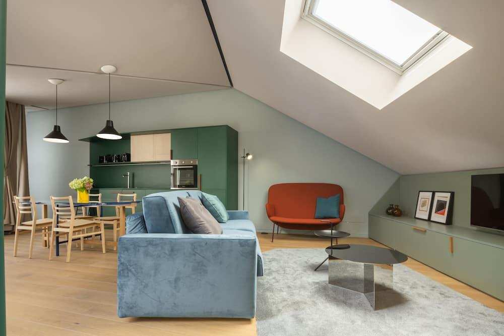 Comfort Apartment, 2 Bedrooms, Terrace - Living Area
