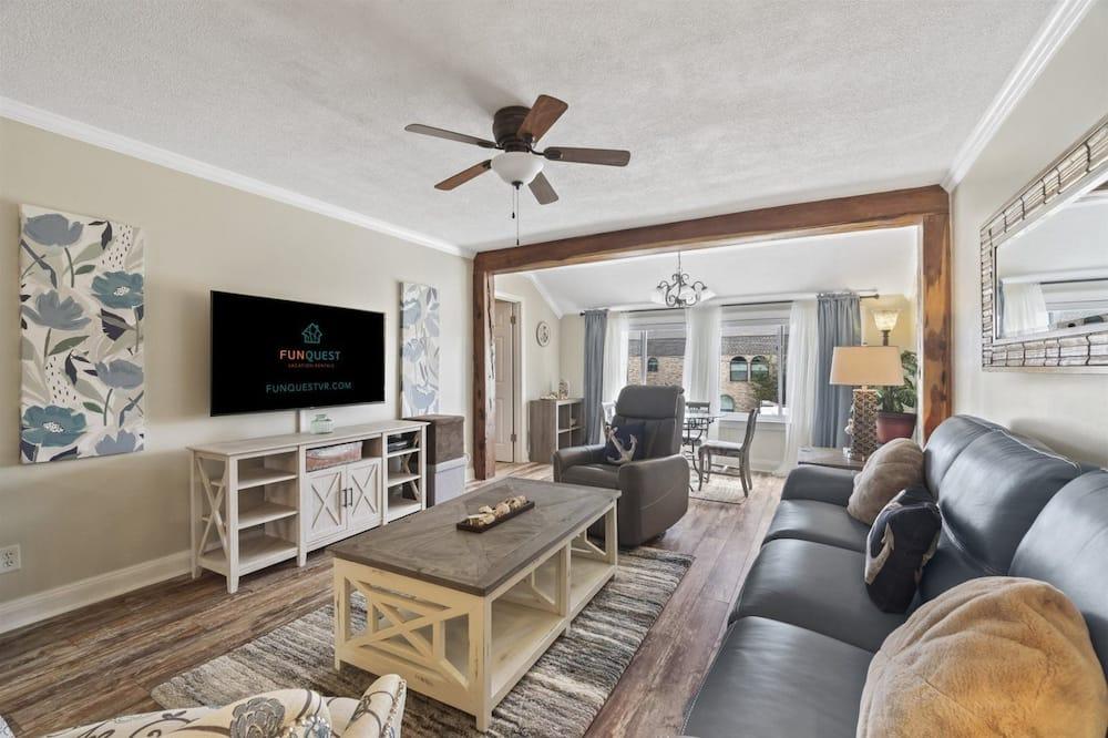 Apartment (7904 Surf Drive #7) - Wohnzimmer