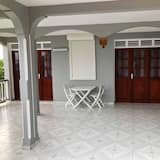 House With 2 Bedrooms in Pointe-noire, With Wonderful sea View, Furnished Garden and Wifi