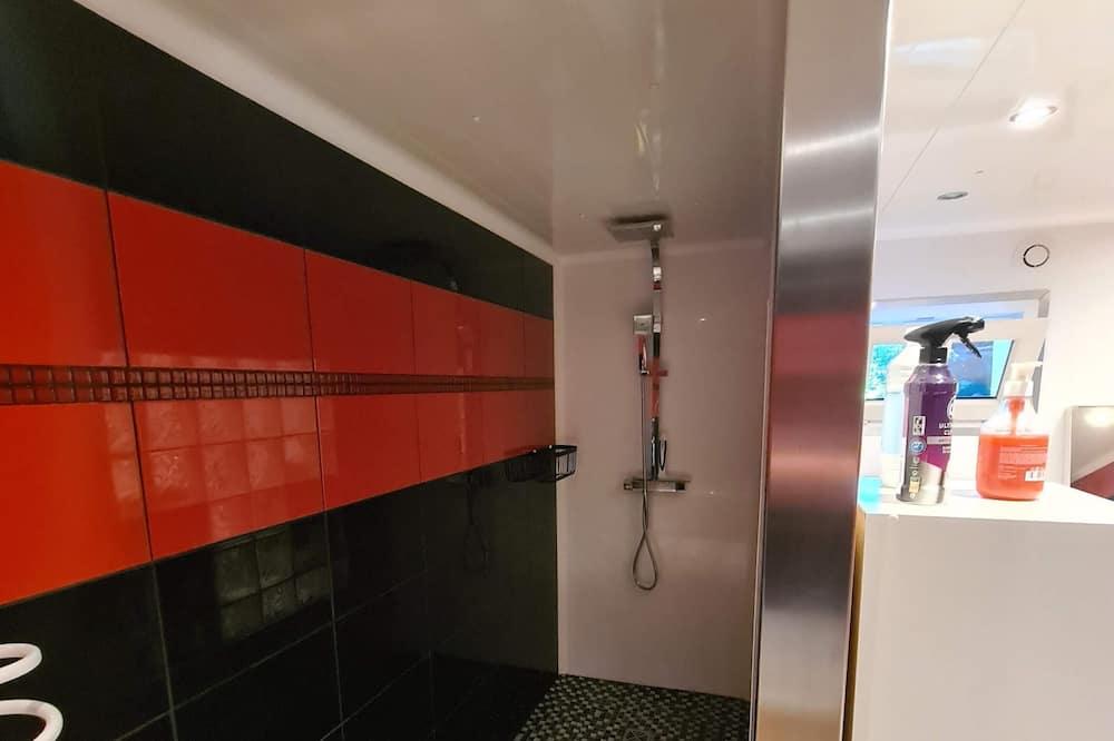 Family House, Ensuite (Loft) - Bathroom