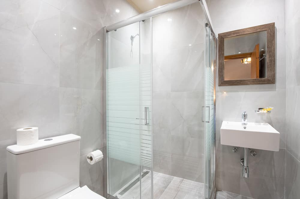 Comfort Δίκλινο Δωμάτιο (Twin) - Μπάνιο