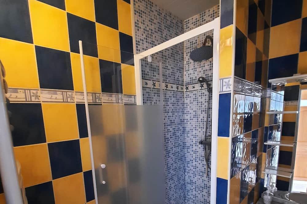 City Apartment, Ensuite - Bathroom