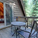 House, Multiple Beds (The Lazy Bear Lodge) - Balcony
