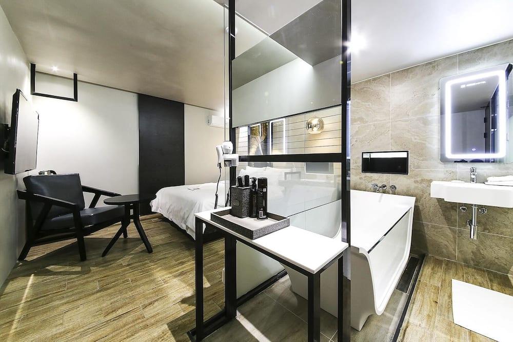 Zimmer (Suite) - Badezimmer
