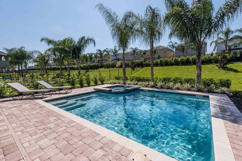 Exclusive 5 Star Villa With Private Pool on Encore Resort at Reunion, Orlando Villa 4421