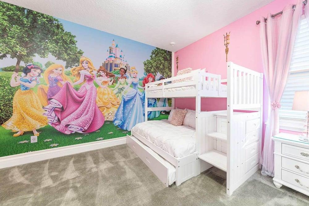 Rent This Luxury 5 Star Villa on Encore Resort at Reunion, Orlando Villa 4495