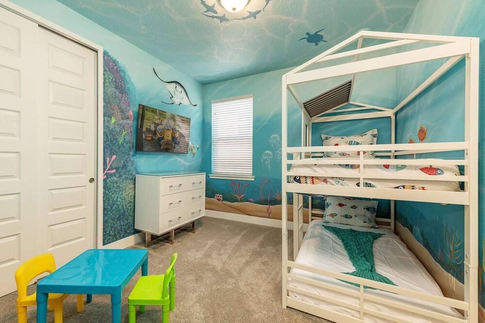 Ultimate 5 Star Villa With Private Pool on Encore Resort at Reunion, Orlando Villa 4506, Orlando