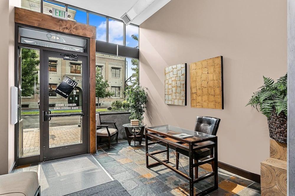 Apartman (8th St Condo) - Balkon