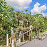 House (27090 Belle Rio Dr) - Property Grounds