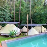 Tienda de campaña/carpa superior, 1 cama doble, vista al río - Imagen destacada