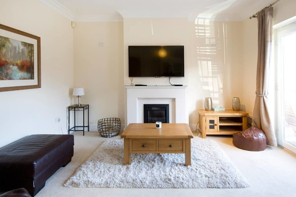Spacious 5 Bedroom House in Jericho Oxford, Oxford