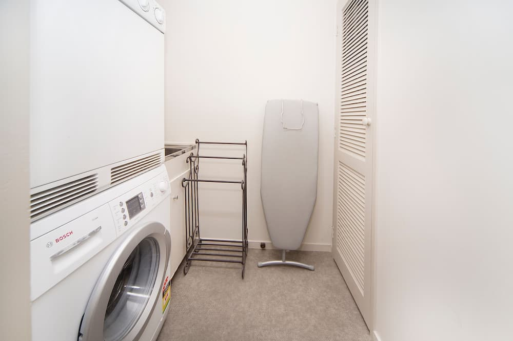 Classic Townhome - Laundry