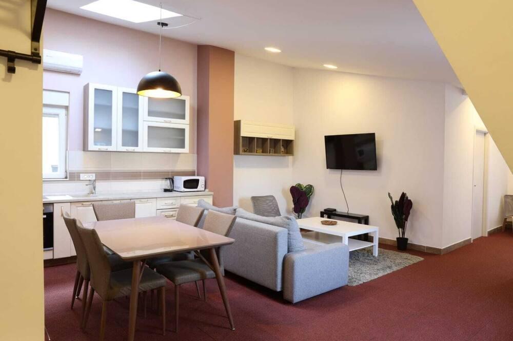 Apartament rodzinny - Zdjęcie opisywane