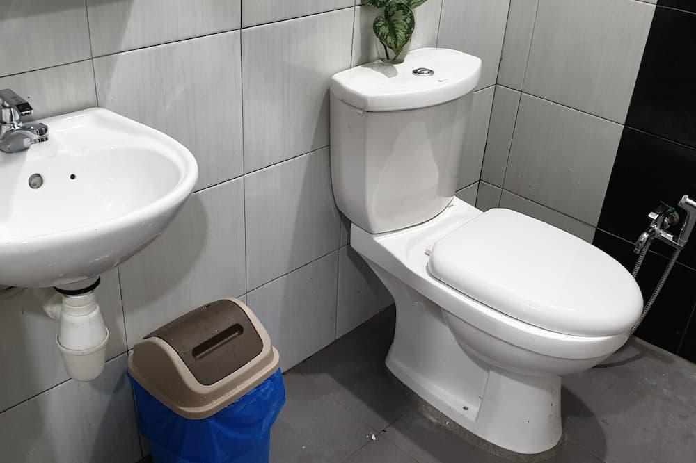 Zimmer, 2Schlafzimmer - Badezimmer