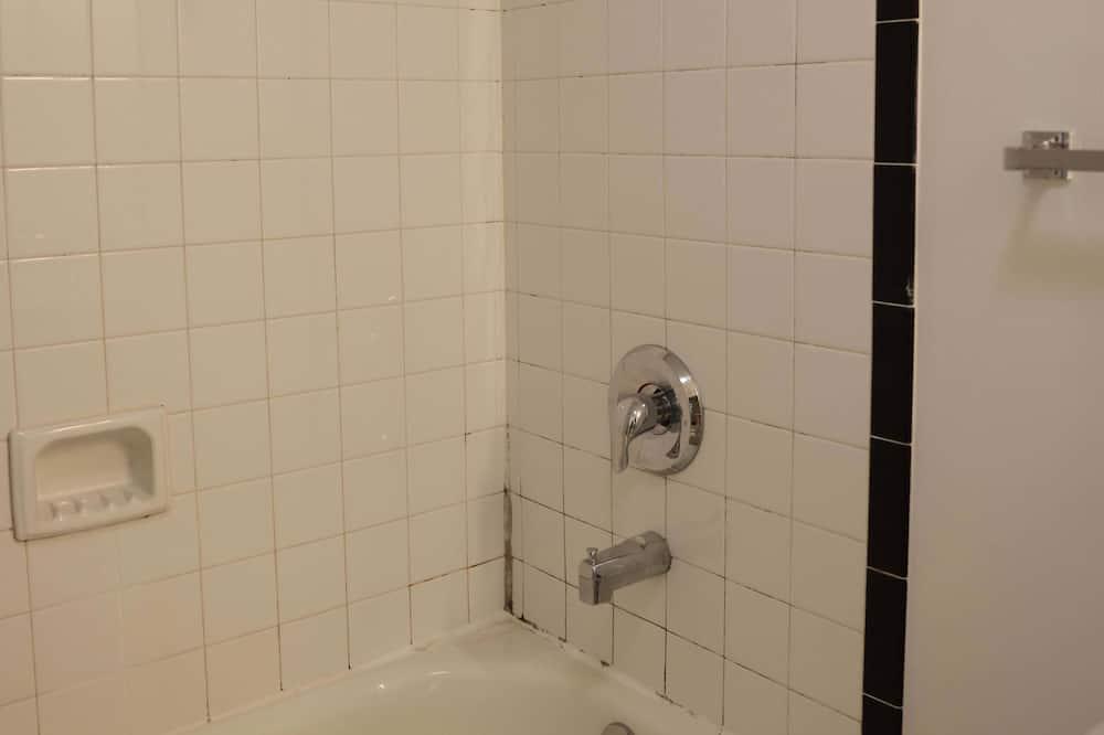 公寓 (2 Bedrooms) - 浴室