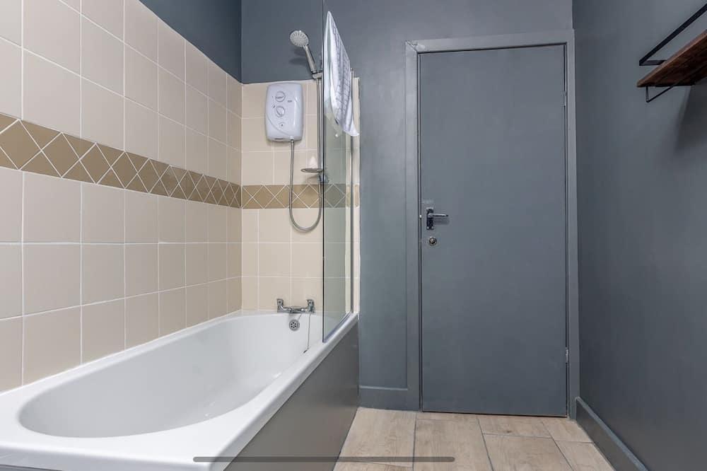 Apartmán, 1 veľké dvojlôžko - Kúpeľňa